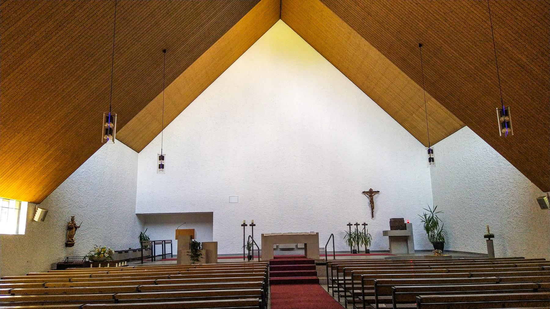 15 Nuolen Kirche