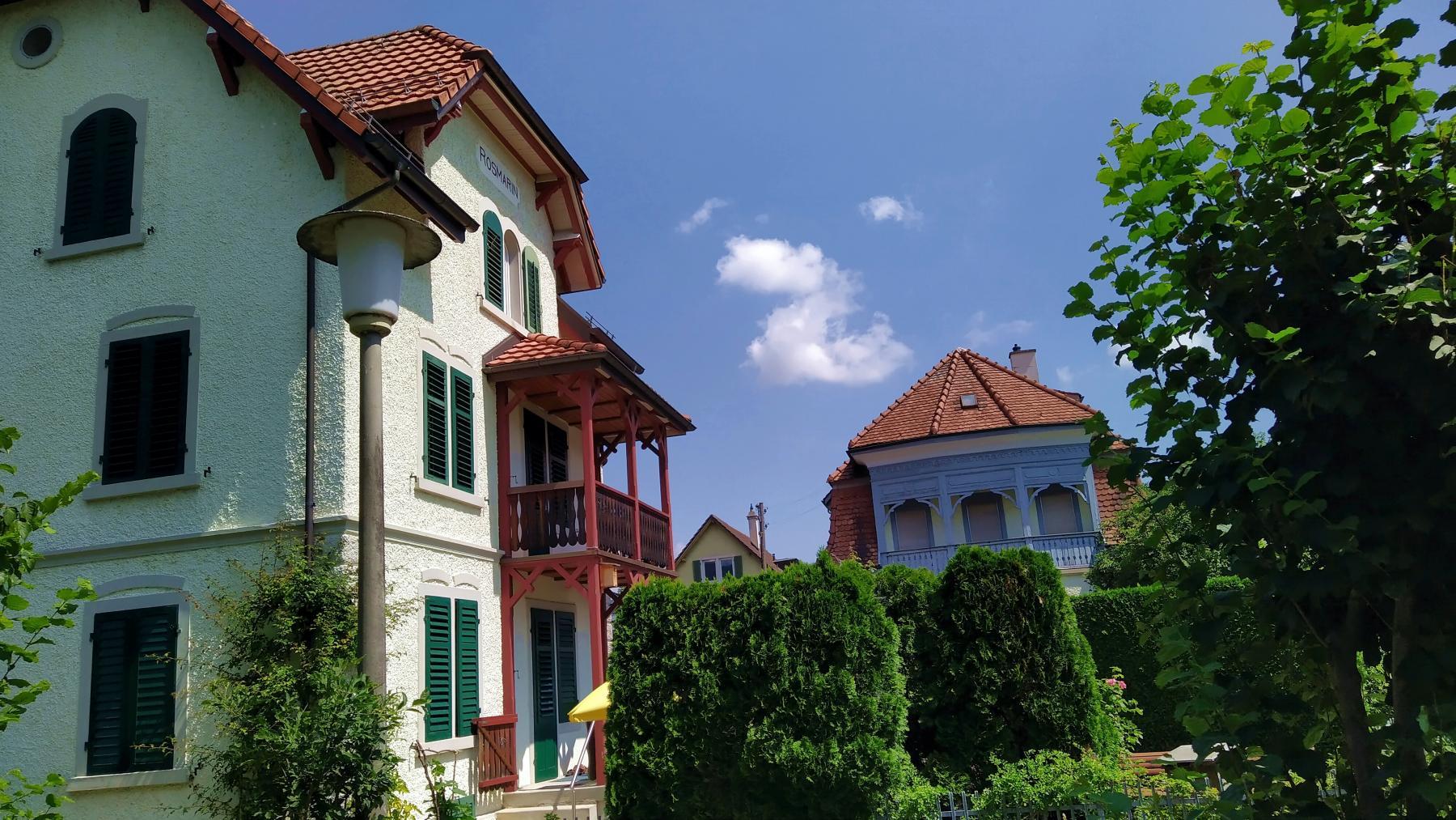 11 Villen «rumänischer Stil»