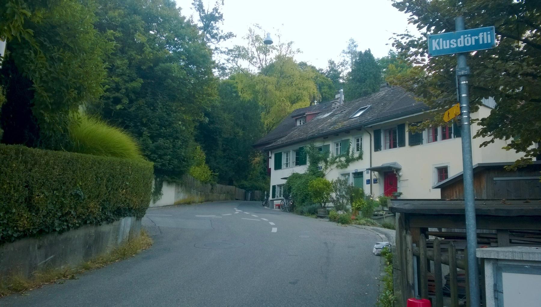 01 Hegibachstrasse/Klusdörfli