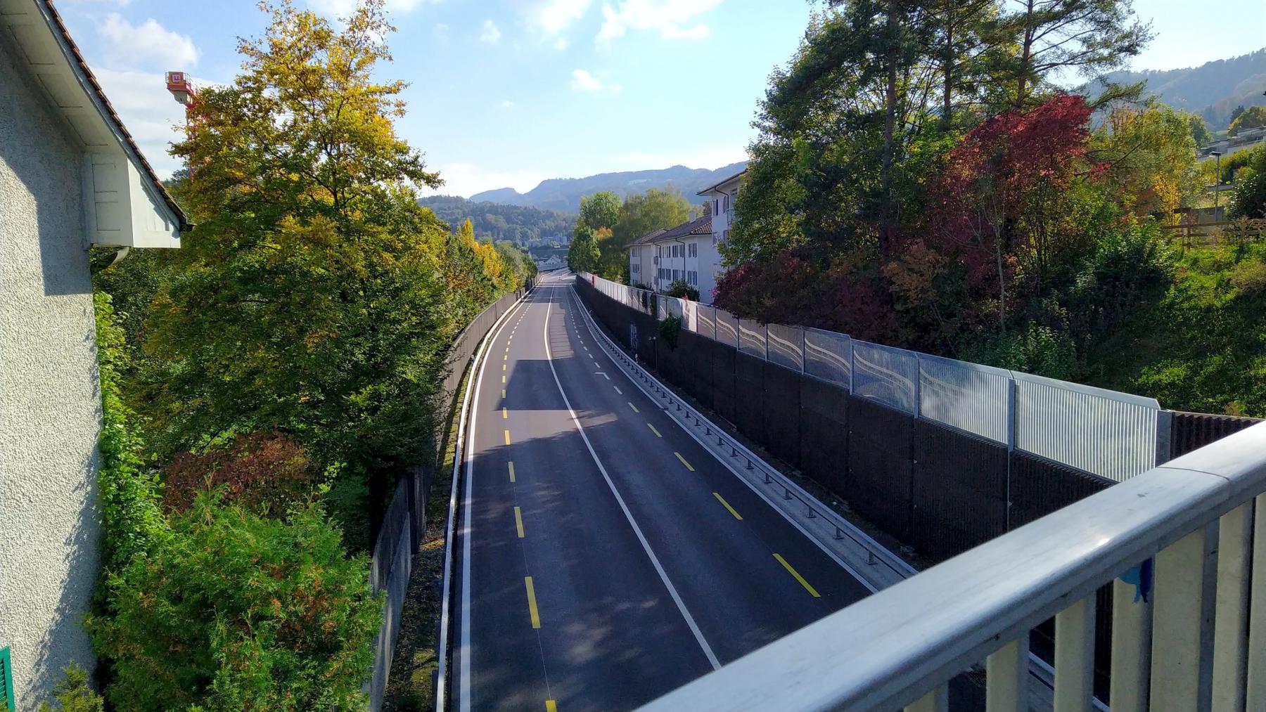 10 Adliswil Autobrücke