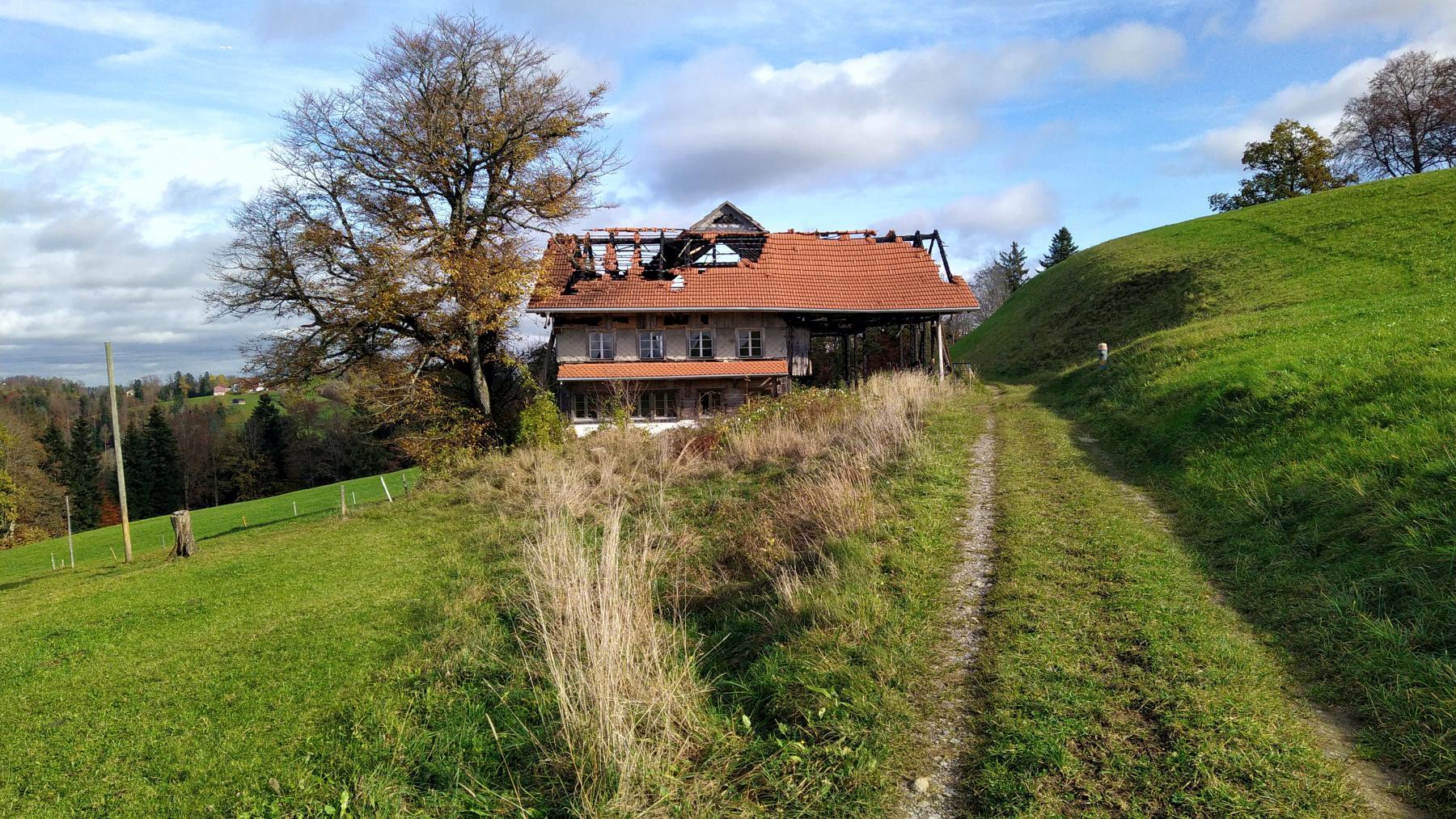 13a Oberriset abgebranntes Haus